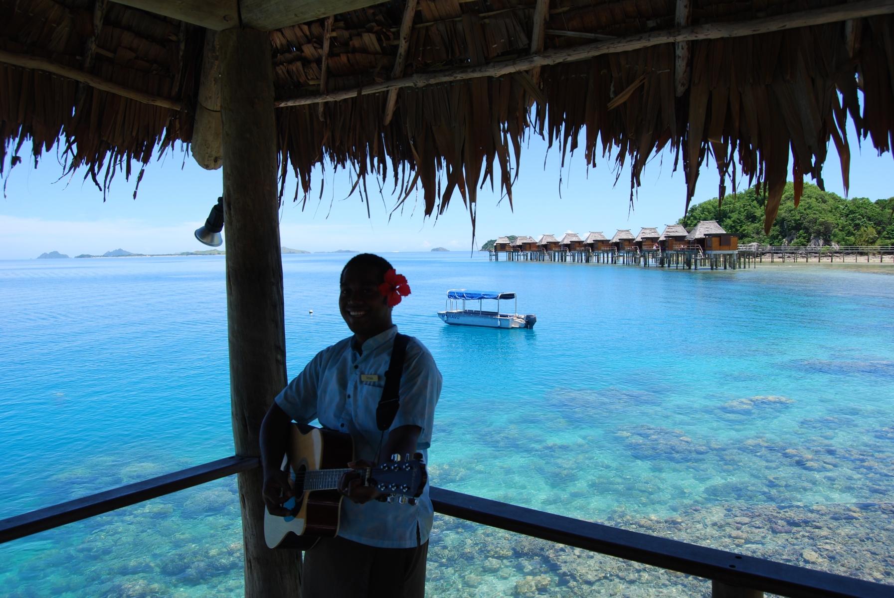 Likuliku-Lagoon-Resort-Fiji-2-1-2011-1-16-04-PM