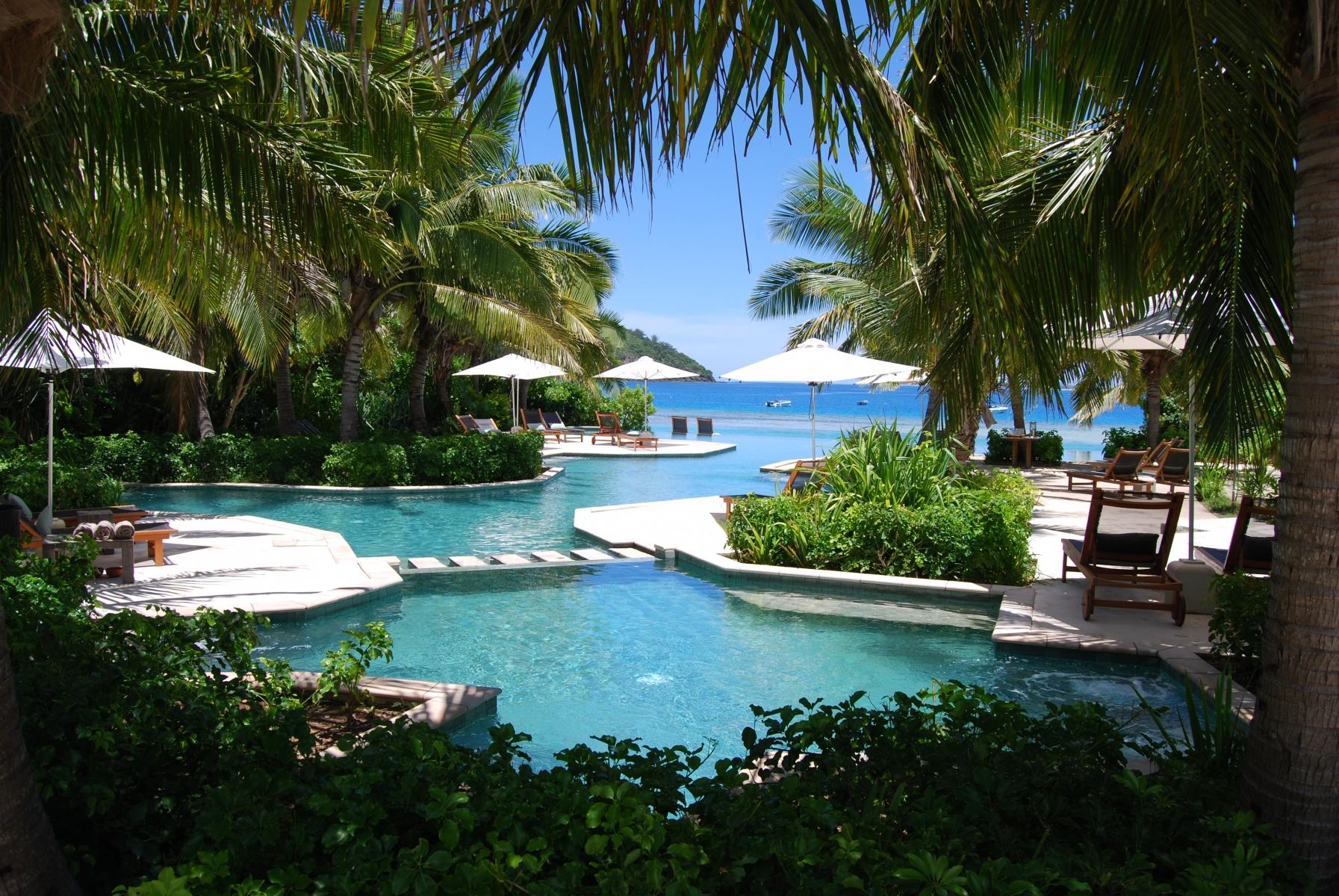 Likuliku-Lagoon-Resort-Fiji-2-1-2011-1-48-11-PM